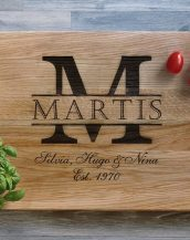 Ideal for use as a small chopping, the Personalised Monogrammed Cutting Board makes a beautiful centrepiece for your table.