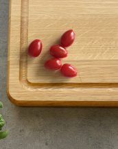 Ideal for use as a small chopping, the Personalised Cutting Board The Martines makes a beautiful centrepiece for your table.