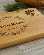 Ideal for use as a small chopping, the Personalised Cutting Board Monogrammed makes a beautiful centrepiece for your table.