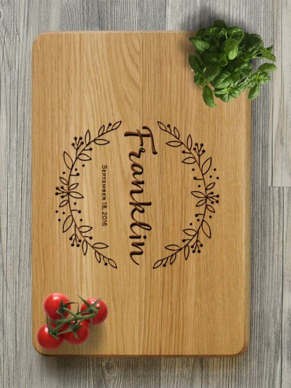 MSDAKD012 – Personalised Cutting Board Monogrammed – 4