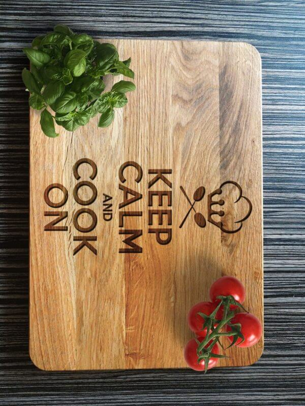 MSDAKD020 – Personalised Cutting Board – Keep Calm Cook On – 3