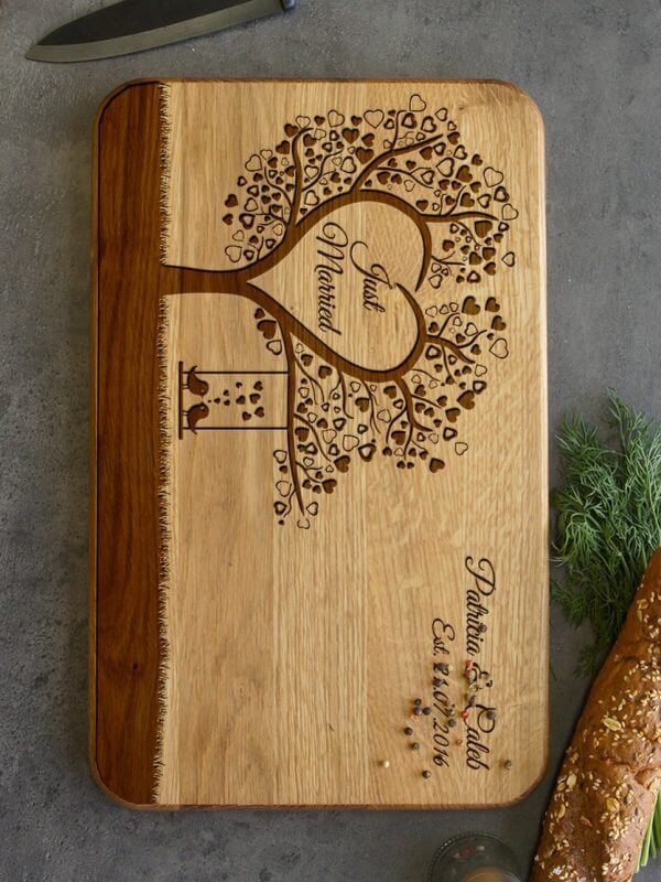 MSDAKD035 – Personalised Cutting Board – Tree With Love Birds – 2