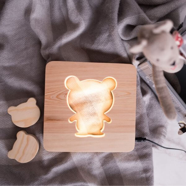 MSHWLH003 – Bear Nursery Lamp – Pine Wood