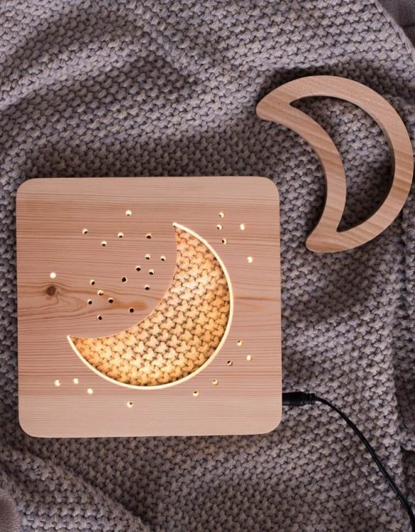 With a delicate warm light to bring a lot of joy and coziness to the child's room, the Moon Nursery Lamp will comfort your little one when falling asleep or to join them during sleepovers or to decorate their room.
