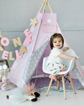 A perfect hideaway for tiny people, the Pink Sky Children's Play Teepee gives your little one the space they need to let their imagination flow.