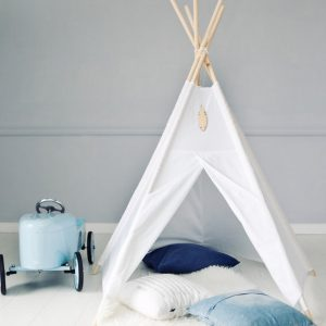 A perfect hideaway for tiny people, the Pure White Children's Play Teepee gives your little one the space they need to let their imagination flow.