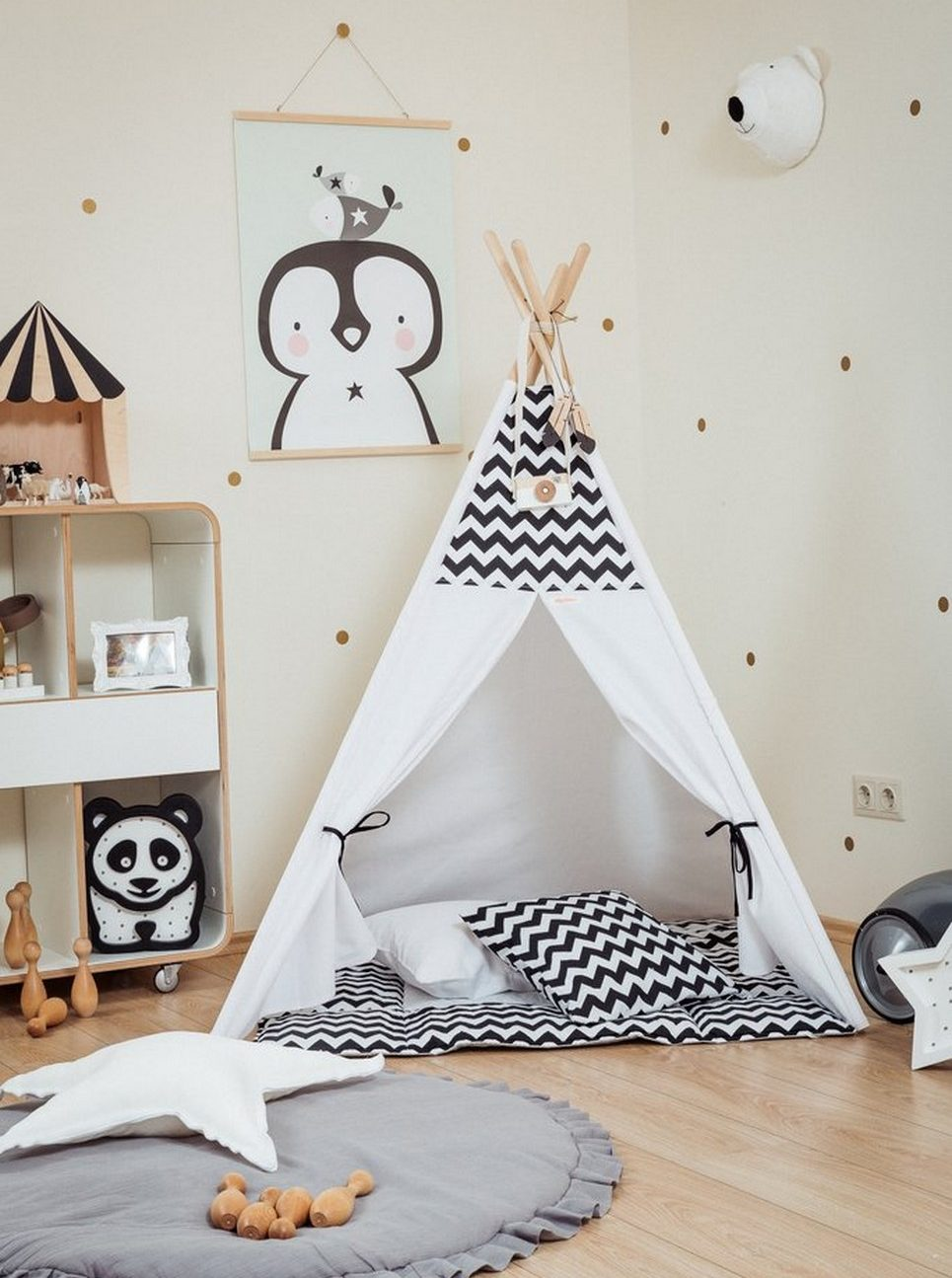 Black Chevron Children's Teepee Set