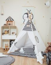 Let your little ones create their own little world with the Black Chevron Children's Teepee Set. It creates the perfect setting for imaginative role play providing endless hours of fun.