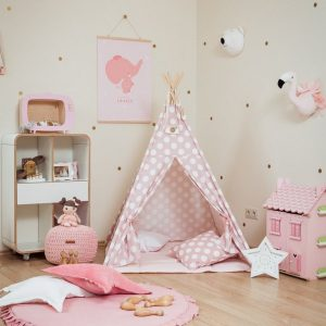 Let your little ones create their own little world with the Large Dots Children's Teepee Set. It creates the perfect setting for imaginative role play providing endless hours of fun.