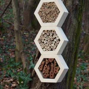Designed to look wonderful in a garden, the Bee Superior Hotel Woody is an ideal gift for a gardener or a wildlife enthusiast as well as anyone with a garden who is interested in garden design.