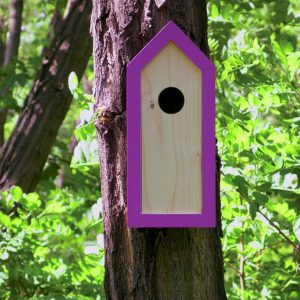 A stylish feeding haven, the Wooden Birdhouse Emma Lavender is a great bird feeder in a quirky design that will look great when hung in the garden.