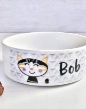 A lovely addition to any home, the Geometric Personalised Cat Bowl perfect gift for any crazy cat lover or for your own cherished pet.