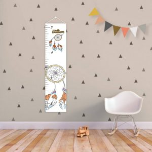 A perfect way to keep track of your little one's growth, the Dreamcatcher Personalised Baby Growth Chart will brighten up any child's bedroom as well as provide a fun way to measure height.