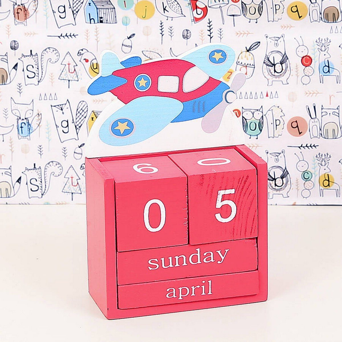 It's that time of year again, so get ready to organize your life with our top picks for pretty and functional calendars and planners.