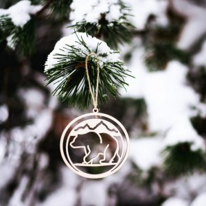 Suitable to be used year after year, the Bear Wooden Christmas Ornament will be a unique and beautiful gift for your loved ones.