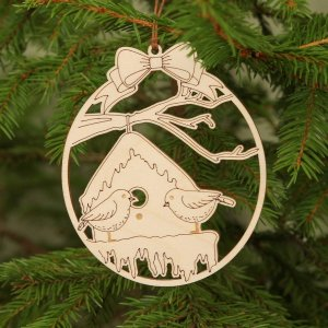 Suitable to be used year after year, the Bird Wooden Christmas Ornament will be a unique and beautiful gift for your loved ones.