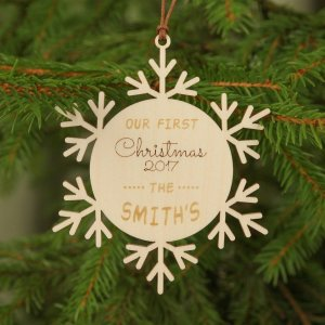 Suitable to be used year after year, the Family Christmas Decor - Personalised Christmas Ornament will be a unique and beautiful gift for your loved ones.