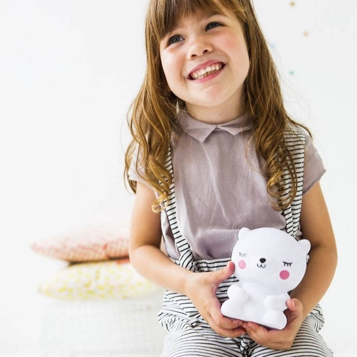 They're very commonly used in children's rooms but they can also be useful on hallways, in workspaces where they can ensure a cozy ambiance at night as well as in bedrooms or guest rooms.