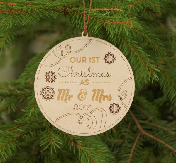 Round Mr & Mrs Christmas – Personalised Christmas Ornament – 2