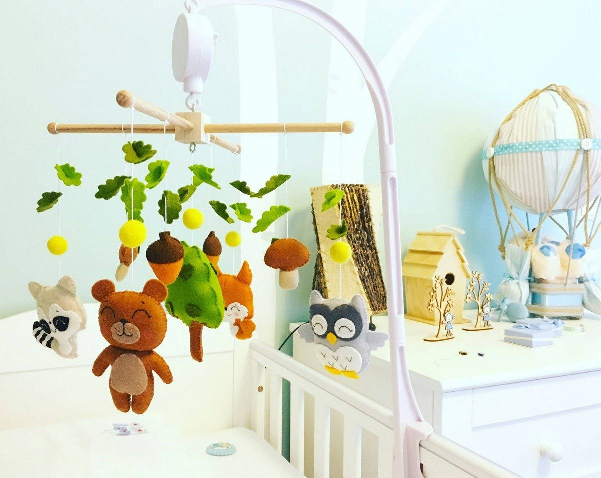 Baby mobiles are essential to a nursery. Not only do they help to keep little ones entertained, they add such charm and decoration.