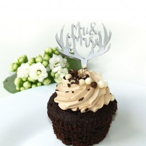 Perfect for weddings, birthday parties, and corporate events, the Antler Silver Cupcake Topper looks great for any occasion and will go with any color scheme.