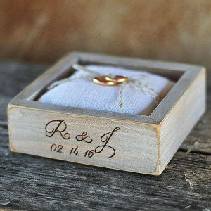 A perfect place to store your rings safely, the Personalised White Pillow Wedding Ring Box would make your wedding day unique to you.