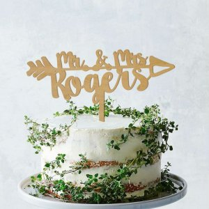 A lovely way to make your special cake unique, the Mr & Mrs Boho Wedding Cake Topper can be personalised to add to what should be a day of joy and happiness!