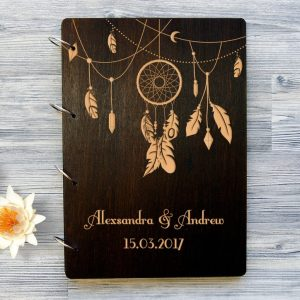 Available in A4 and A5 size, the Personalised Wooden Wedding Guest Book - Dreamcatcher is a beautiful Wedding Guest Book made of wood that will accurately keep your memories about this special day.