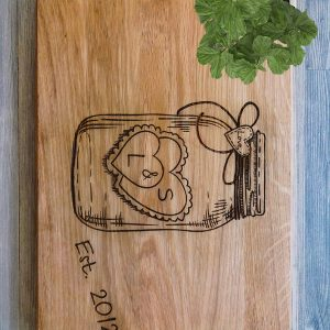 Ideal for use as a small chopping, the Personalised Cutting Board - L&S makes a beautiful centrepiece for your table.
