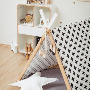 Perfect for girls and boys, the Black Cross Kids' Playhouse Set is a stunning keepsake play tent - ideal for pretending afternoon tea parties, picnics, and role-playing games.