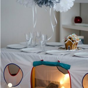 Perfect for any gathering whether it be an early morning breakfast, casual brunch or special occasion, the Bul-Bul Tablecloth Playhouse will seduce the youngest and stimulate storytelling and adventure.