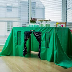 Perfect for any gathering whether it be an early morning breakfast, casual brunch or special occasion, the Green Oasis Tablecloth Playhouse will seduce the youngest and stimulate storytelling and adventure.