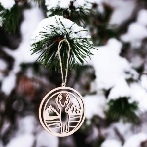 Suitable to be used year after year, the Deer Wooden Christmas Ornament will be a unique and beautiful gift for your loved ones.