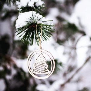 Suitable to be used year after year, the Tree Wooden Christmas Ornament will be a unique and beautiful gift for your loved ones.