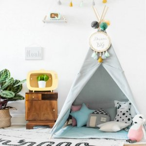 The perfect setting for imaginative play, the Classic Grey Children's Teepee is as good to look at as to play in. It can easily be used inside your home or in the garden as well as on the terrace.