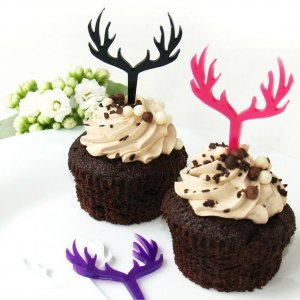 Perfect for weddings, birthday parties, and corporate events, the Deer Cupcake Topper looks great for any occasion and will go with any color scheme.