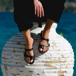 Just what every summer wardrobe needs, the Aries Greek Leather Sandal is every woman's dream pair, super comfy and elegant, and easily combined with any outfit.