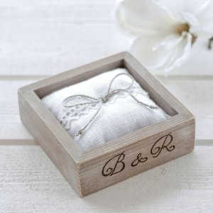 A perfect place to store your rings safely, the Personalised Brown Wedding Ring Box would make your wedding day unique to you.