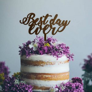 A lovely way to make your special cake unique, the 'Best Day Ever' Wedding Cake Topper can be personalised to add to what should be a day of joy and happiness!
