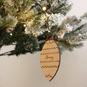 A family treasure to be displayed year after year, the Medium Christmas Bauble makes a thoughtful gift and adds a personal touch to any Christmas tree to celebrate Baby's First Christmas.