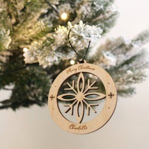 A family treasure to be displayed year after year, the Snowflake Christmas Bauble makes a thoughtful gift and adds a personal touch to any Christmas tree to celebrate Baby's First Christmas.